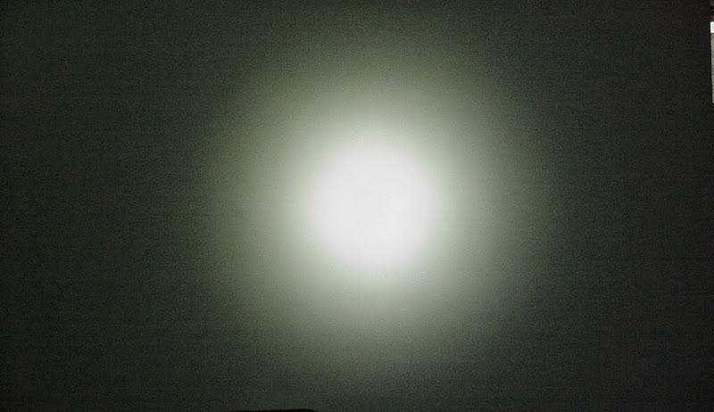 Стандартное световое пятно фары BicycleLight Cree XM-L T6 900Lm - Сервис MULTI Екатринбург