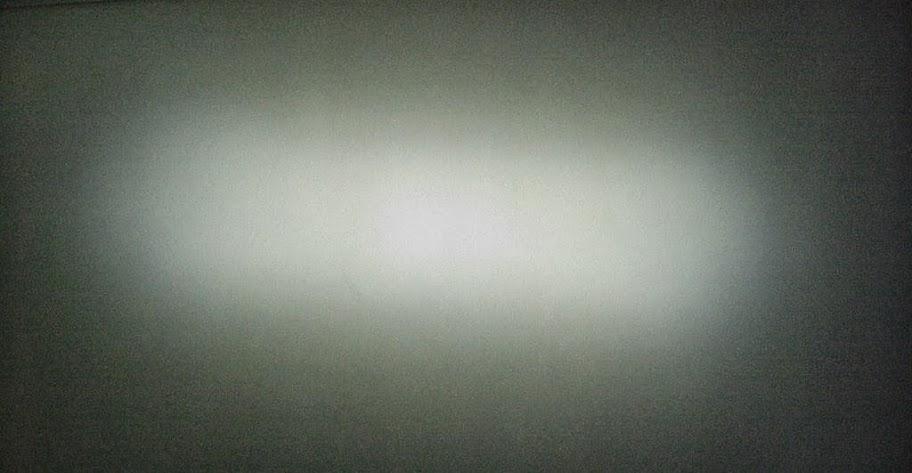 Световое пятно с установленной линзой на BicycleLight Cree XM-L T6 900Lm - Сервис MULTI Екатеринбург